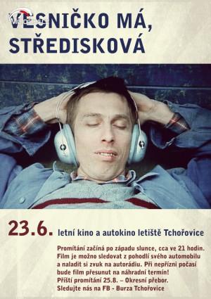 Letní kino a autokino letištì Tchoøovice