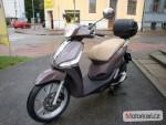 Piaggio Liberty 125 iGET ABS marrone etna+ TOPBOX
