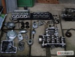Rozprodam na nahradni dily motor yamaha  YZF R6 88KW