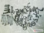 Šrouby, spojovací materiál - motor