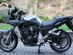 Yamaha FZS 1000 Fazer - SUPER STAV + VÝBAVA