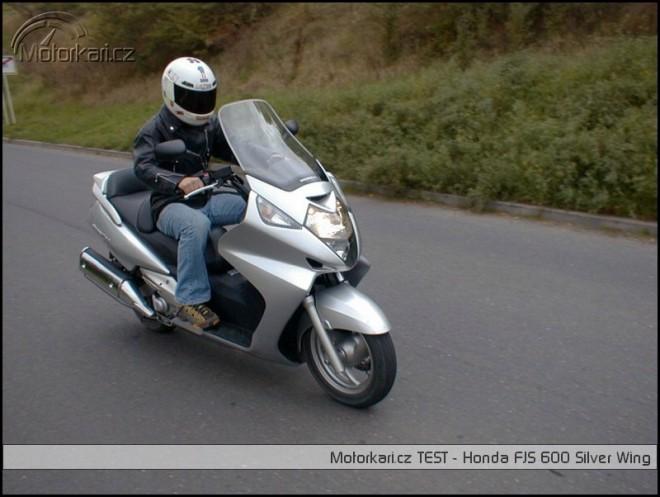 Honda FJS 600 Silver Wing vs Yamaha XP 500 Tmax
