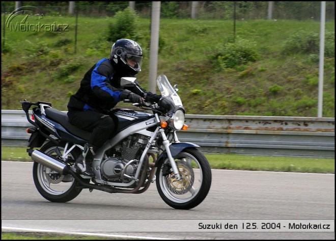 Suzuki den 2004