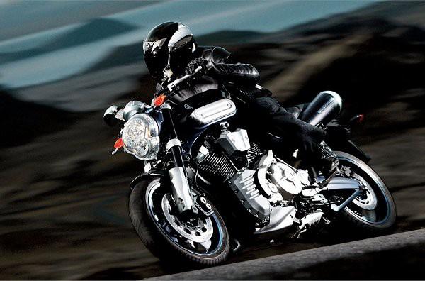 Yamaha MT-01 jde do v�roby