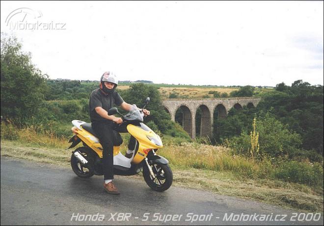 Honda X8R - S Super Sport & Honda X8R-X Cross Sport