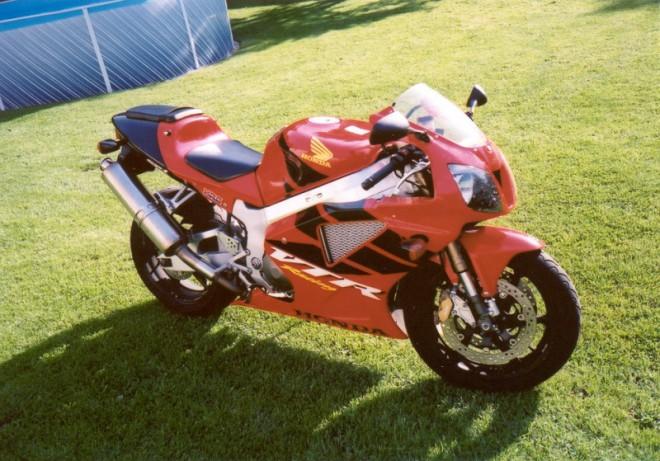 Honda VTR 1000 SP - 1