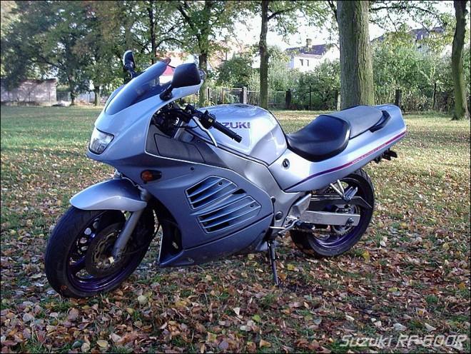 SUZUKI RF 600R r.v. 1993