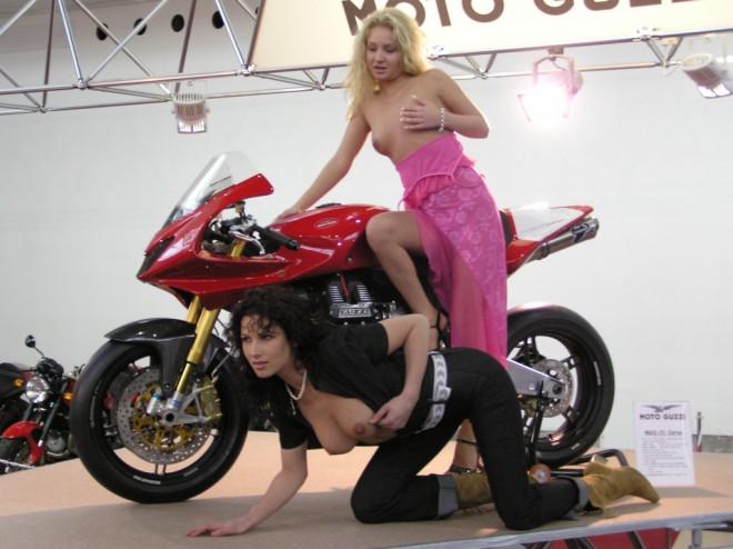 MOTOCYKL 2005 - výstava zaèala