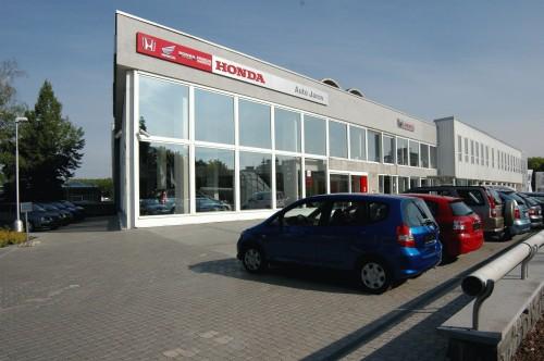Slavnostní otevøení salonu Honda Jarov