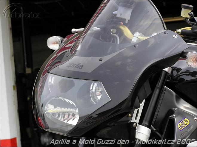 Aprilia a Moto Guzzi den 2005