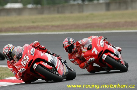 Tým Ducati Marlboro se pøipravuje na Assen