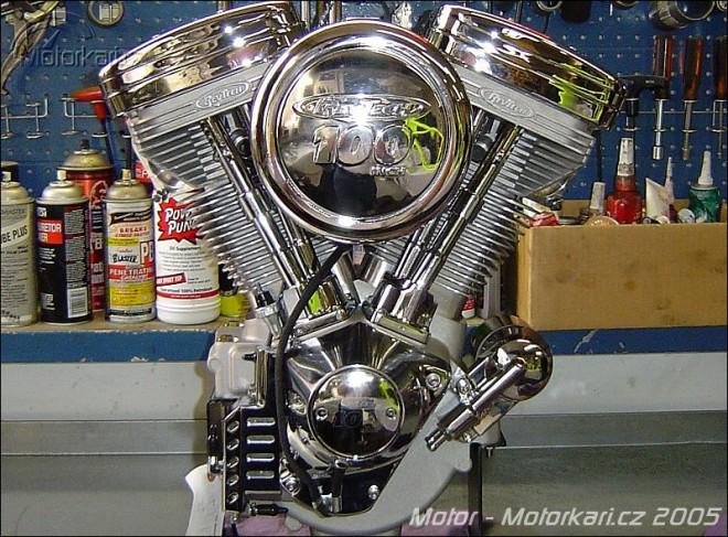 Technika motocyklu - 5. èást - motor