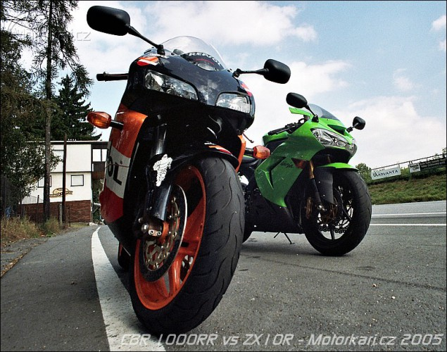 Honda CBR 1000RR vs. Kawasaki ZX-10R