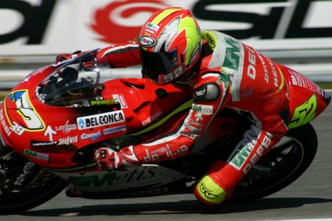 Na cem vlastne jezdil v Jerezu Lukas Pesek ?