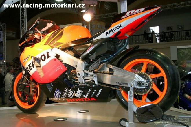 Fotografie z výstavy Motocykl 2006