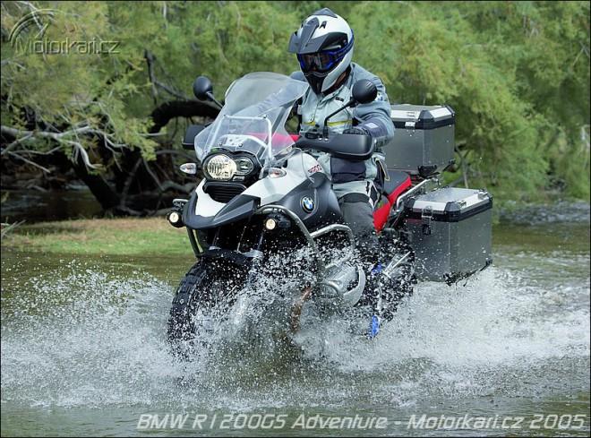 Motocyklem roku opìt BMW