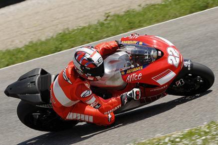 Nejmladsi dite Ducati - Desmosedici GP7