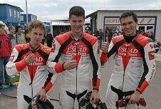 �sp�n� v�kend ESCAD Racing Teamu