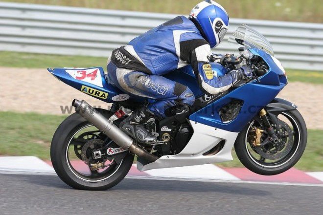 Maple Racing Team v Most�