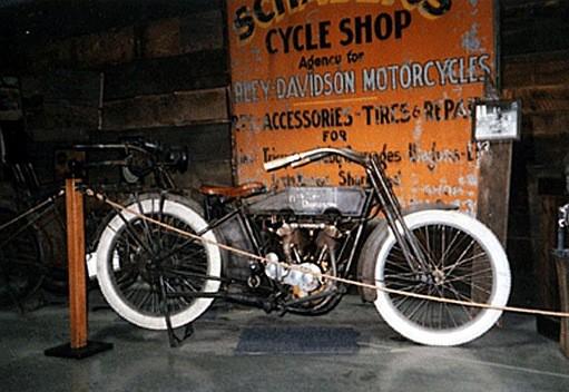 Harley Davidson a zemìdìlství?