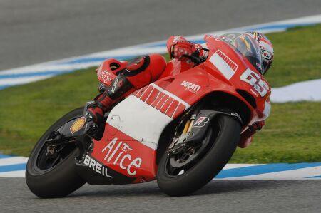 Capirossi svedl další bitvu v MotoGP
