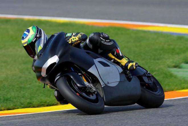 Barros pojede ještì letos na Ducati 800