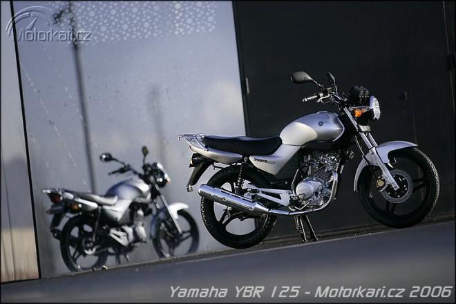 Yamaha YBR 125 (vs. Honda CBR 125)