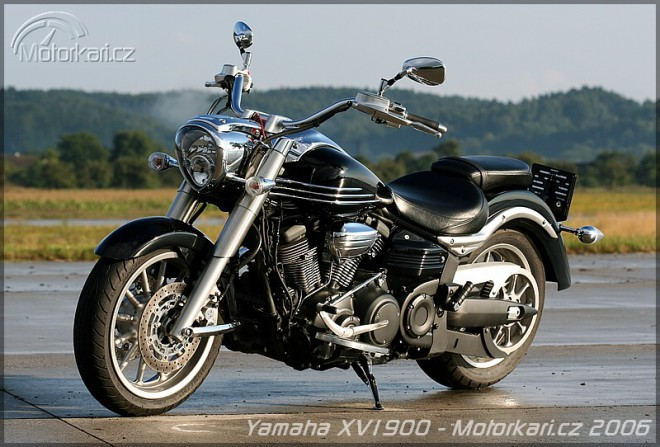 Yamaha XV1900 Midnight Star