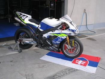 Maco Moto Racing je permanentným tímom!
