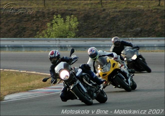 Jezdecká motocyklová škola