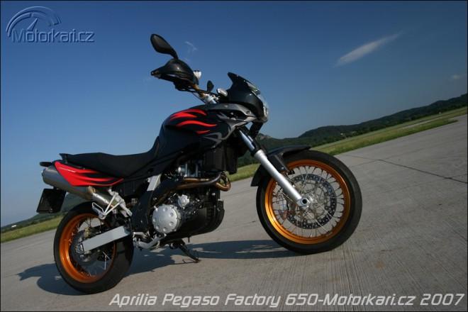 Aprilia Pegaso 650 Factory