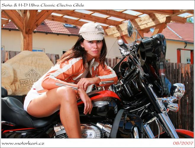 Soòa & Ultra Classic Electra Glide
