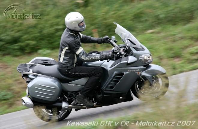 P�edstaven� Kawasaki 1400GTR v �R