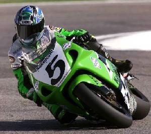 Akira Yanagawa pojede treti motocykl Kawasaki