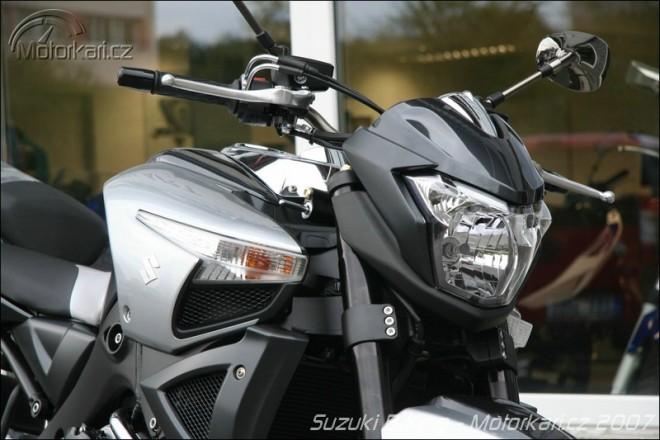 Suzuki B-King v �ech�ch