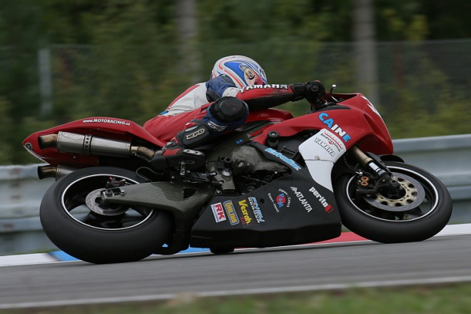 Caine Eagle Racing do superbik�