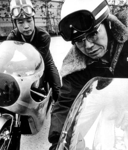 100 let motocyklù Harley-Davidson u policie