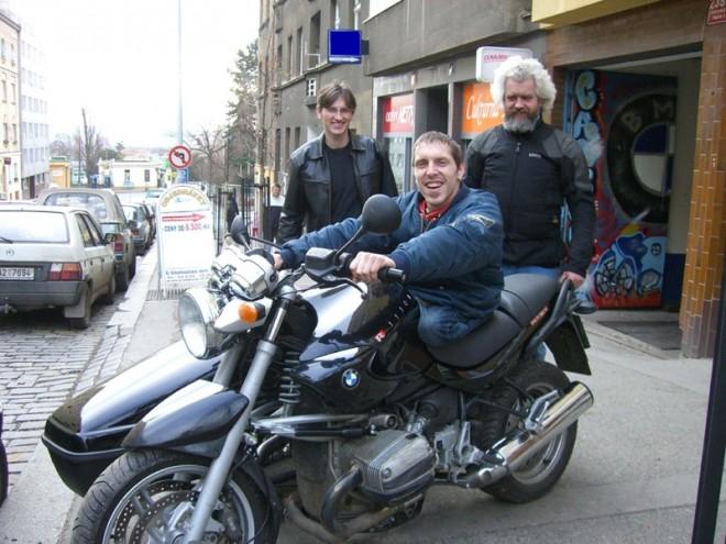 Dražba kombinézy na podporu Sidecar Ride 2008