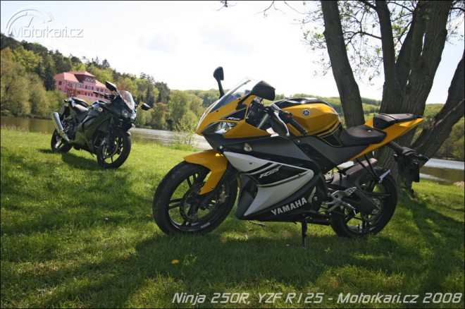 Kawasaki Ninja 250R a Yamaha YZF R125