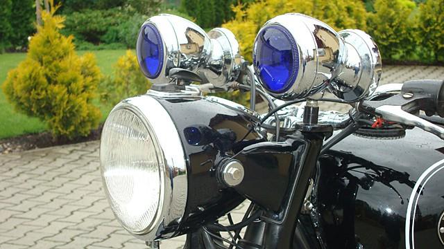Motocykly BMW a hradní stráž ÈSSR