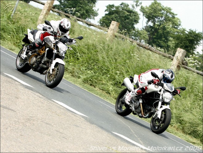 Aprilia SL 750 Shiver vs Ducati Monster 696