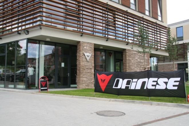 Dainese a 4SR u Prahy