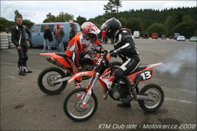 KTM Club Ride aneb oranžový srazík