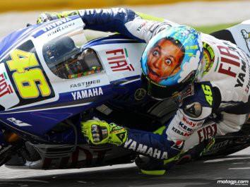 Valentino Rossi poosmé mistrem !!!
