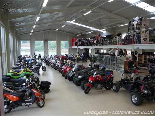 Nové motocentrum u Kolína