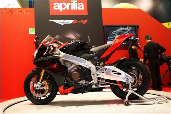 Intermot: Aprilia a Moto Guzzi 2009