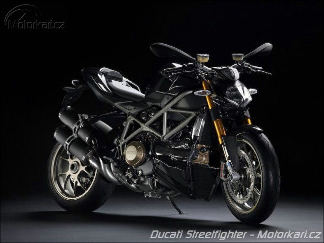 Ducati Streetfighter + video