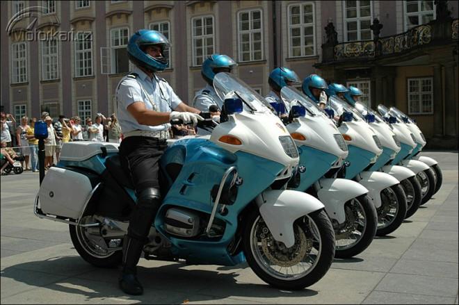 Motocykly hradní stráže