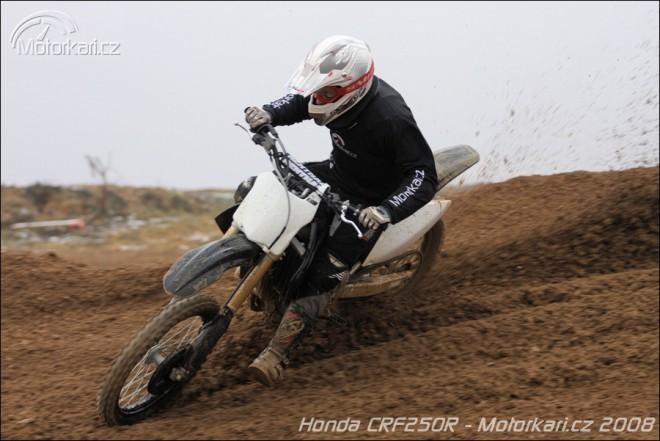 Prvn� test Honda CRF250R 2009