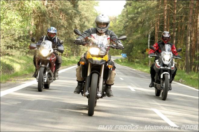 Testy motocyklù na Motorkáøi.cz v roce 2008